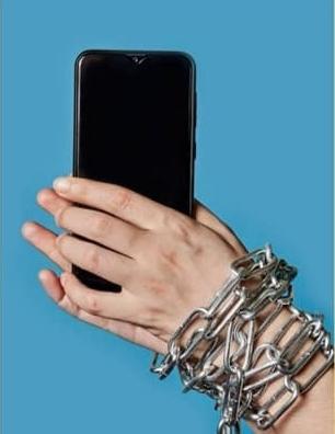 """La violencia hacia las mujeres a través de las TIC ciber acoso de género"""""""
