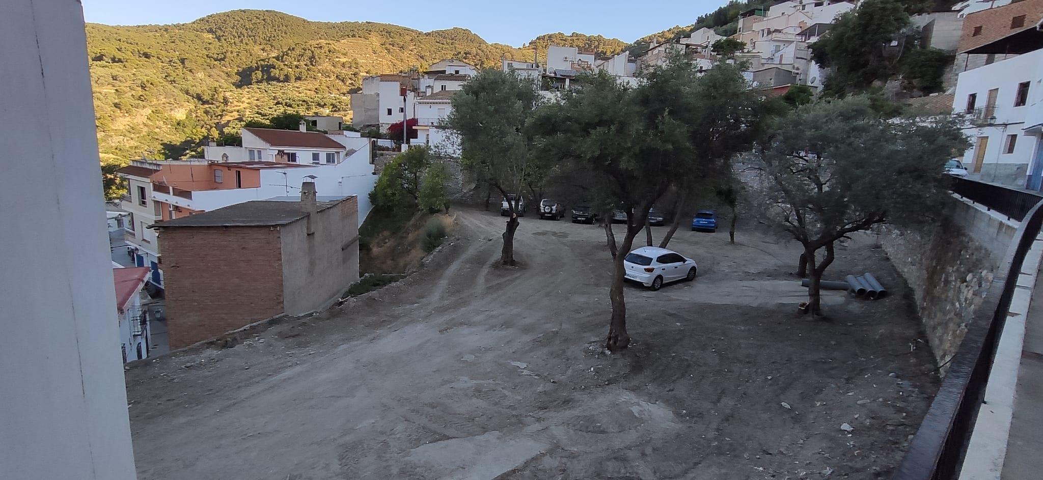 Terreno para aparcar donde habrá viviendas de protección oficial / D. Q.