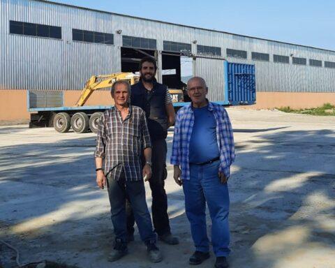 Javier, su yerno Cristian y su hermano Pepe hace unos días en Georgia / E. C.